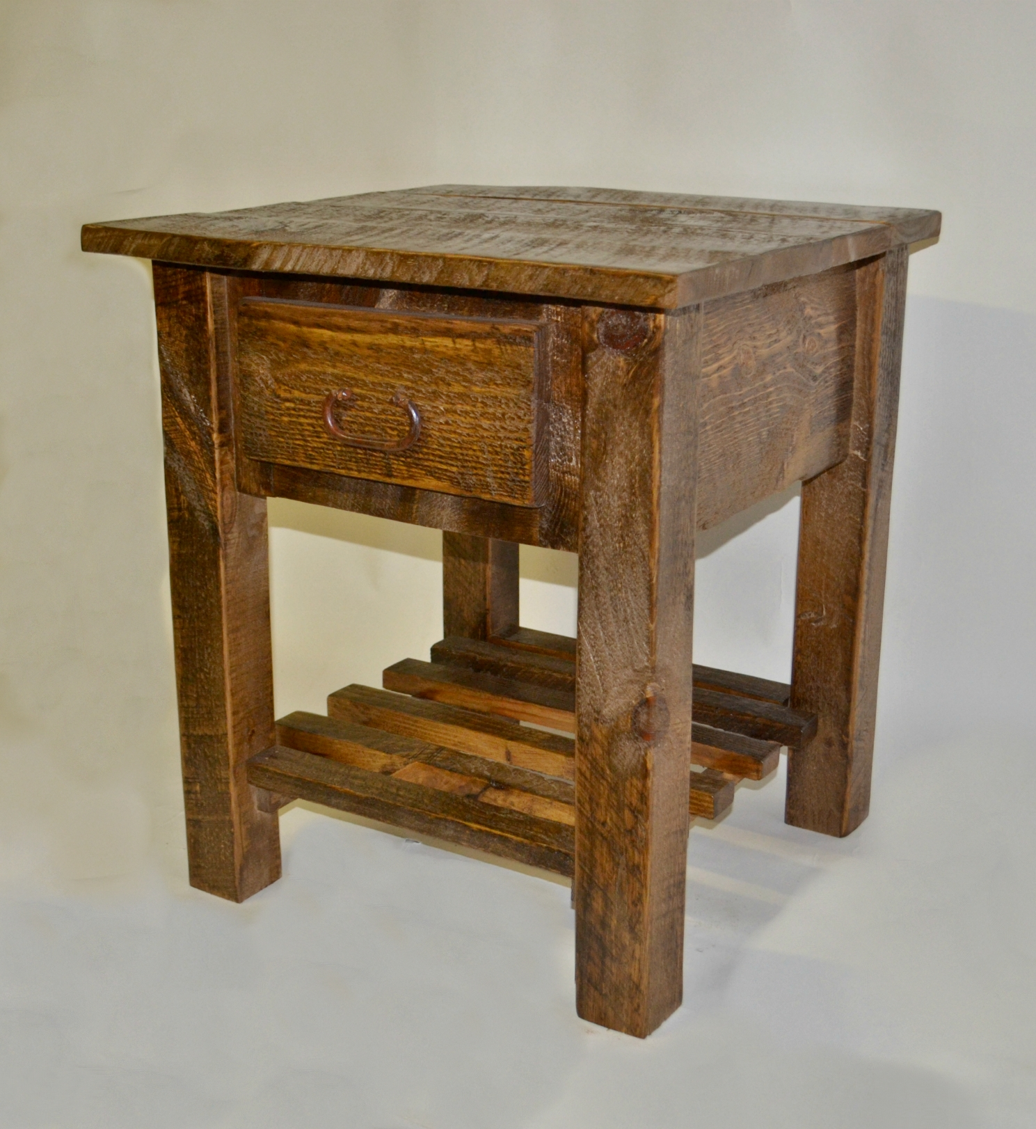 Barnwood nightstand rustic furniture barn wood end tables for Furniture barn